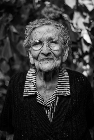 Black and white elderly woman